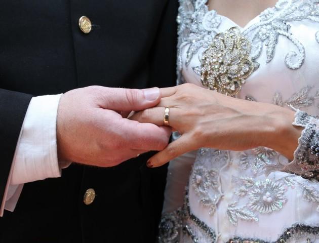 Повторити обітниці: волинянам пропонують відзначити річницю весілля в РАЦСі
