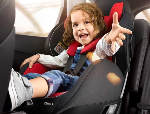 У Луцьку водія покарали за перевезення дитини без автокрісла