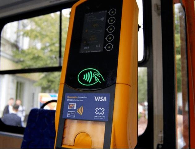 Розрахунок – лише е-квитком. У громадському транспорті Луцька починає працювати контроль
