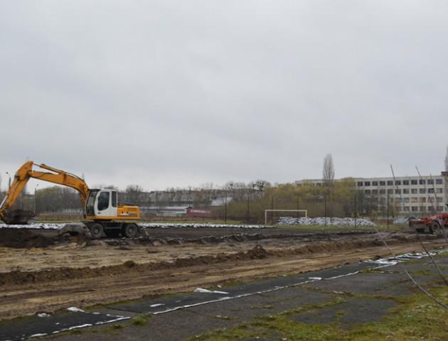 У Ковелі з'явиться нове футбольне поле зі штучним покриттям: фото реконструкції