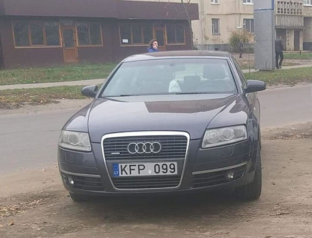 Муніципали ловили в Луцьку водіїв-порушників. ФОТО