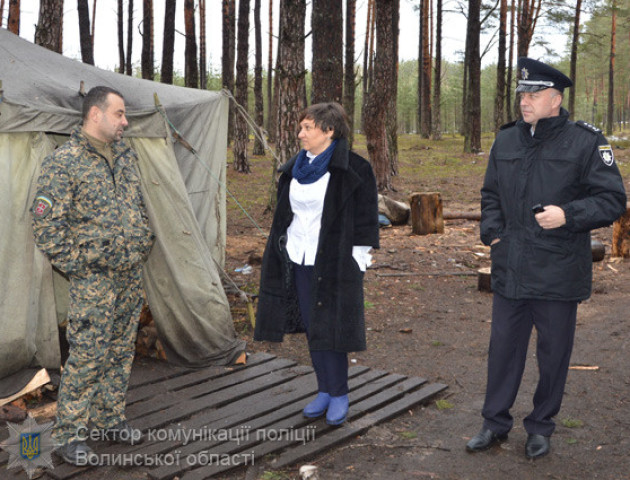 Новий рік з бурштином: волинська поліція перевіряла, чи триває незаконний видобуток на Поліссі
