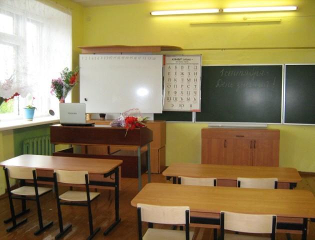На Волині школи закуплять нові меблі