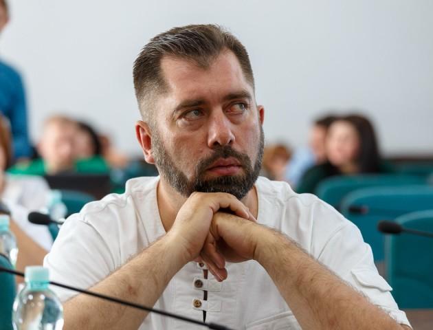 «Страх і паніка – не на руку державі», – Олександр Серватович про «косіння» від призову