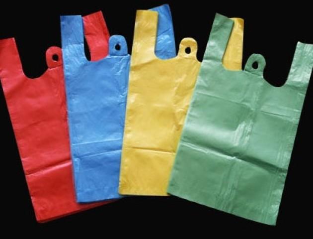 Луцьким магазинам рекомендують обмежити використання поліетиленових пакетів