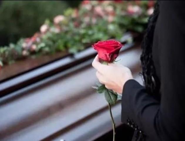 Скільки коштують похорони в Україні