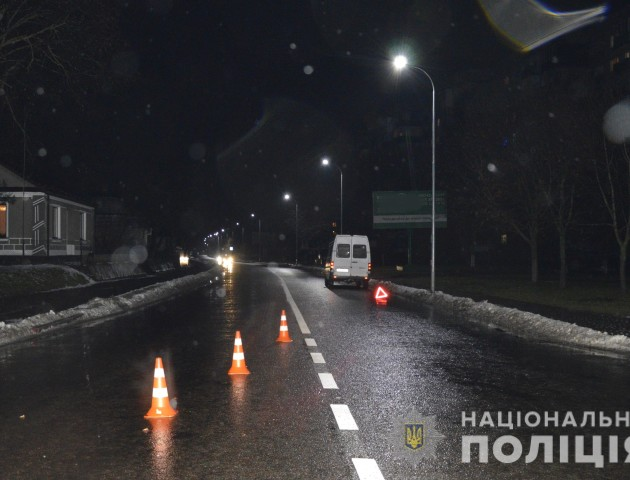 У Володимирі під колесами авто загинула 84-річна жінка