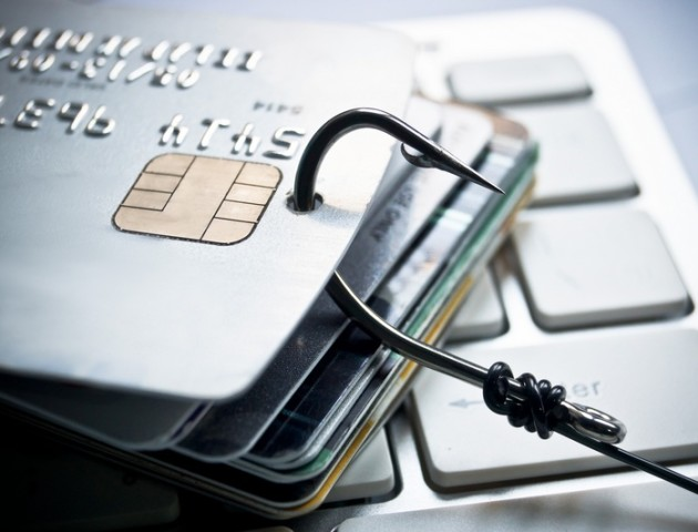 ПриватБанк попереджає клієнтів про нову небезпечну схему масового фішингу особистих даних