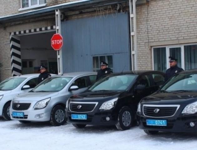Волинські поліцейські отримали чотири нових автомобіля