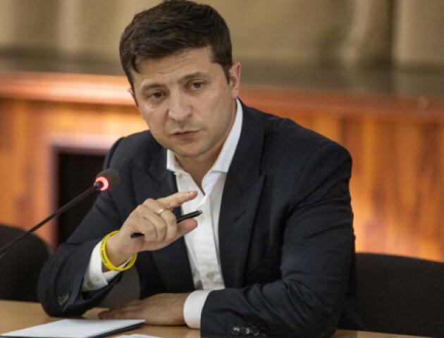 Зеленський підписав закон про штрафи для «кнопкодавів»