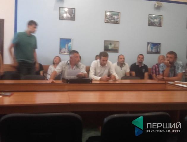Депутати Луцькради не прийшли на комісію, де мали вирішити проблему з коштами для 27 школи