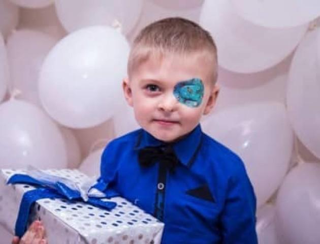 Арсен Мірзоян дасть концерт у Луцьку, щоб врятувати хлопчика, який народився без ока