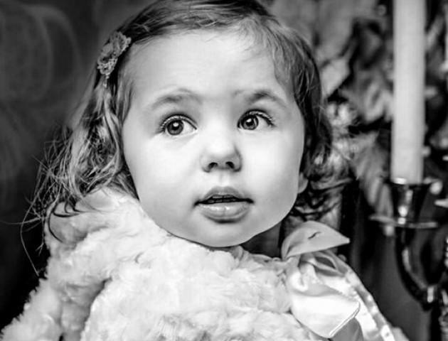 Волинян просять допомогти врятувати життя онкохворій 2-річній Соломійці