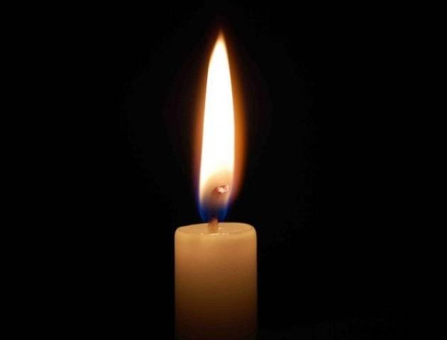 «Помер, сидячи на зупинці», - у Луцьку виявили труп чоловіка