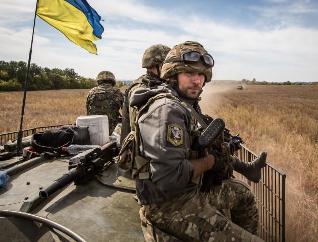 «Подаруй посмішку воїну»: опублікували зворушливе відео з українськими військовими