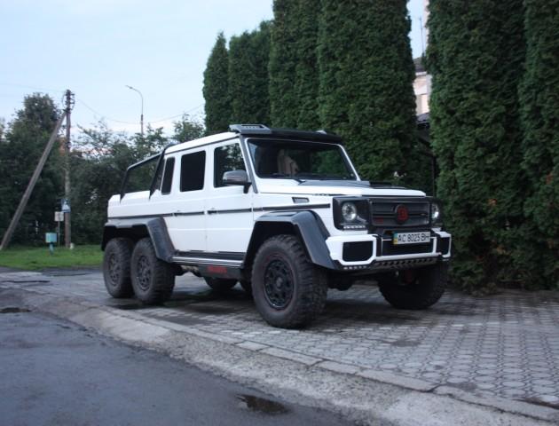 У Луцьку їздить одне з найдорожчих авто в Україні, – ЗМІ. ФОТО