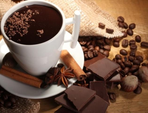 Як приготувати гарячий шоколад в домашніх умовах