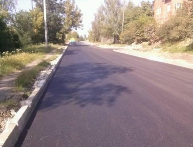 Показали, як у Луцьку відремонтували дорогу. ФОТО