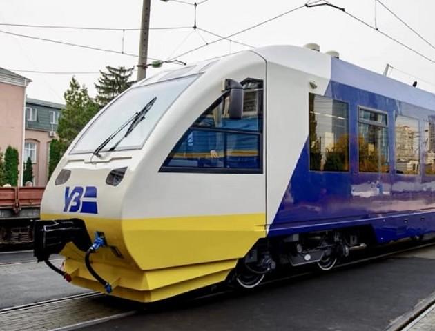У Києві запустили швидкісний потяг, який з'єднав центр міста із аеропортом «Бориспіль». ВІДЕО