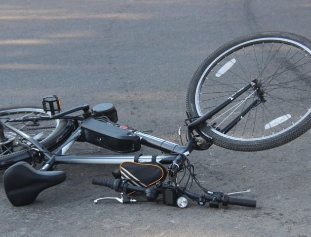 На Волині авто збило велосипедистку