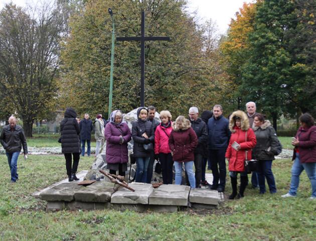 На Волині збудують католицький храм на місці кладовища