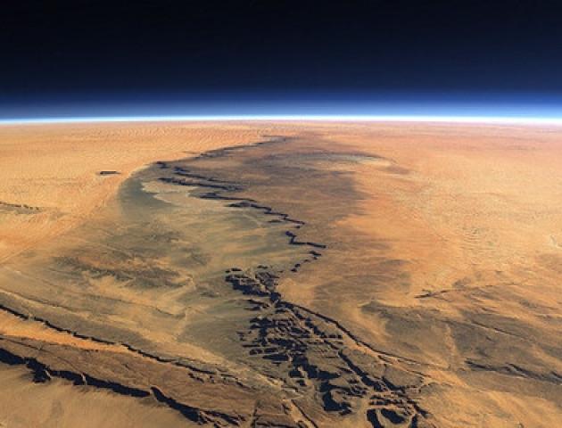 Вчені стверджують, що на Марсі може бути життя