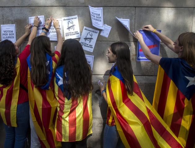 У Каталонії на виборах перемагають прихильники незалежності