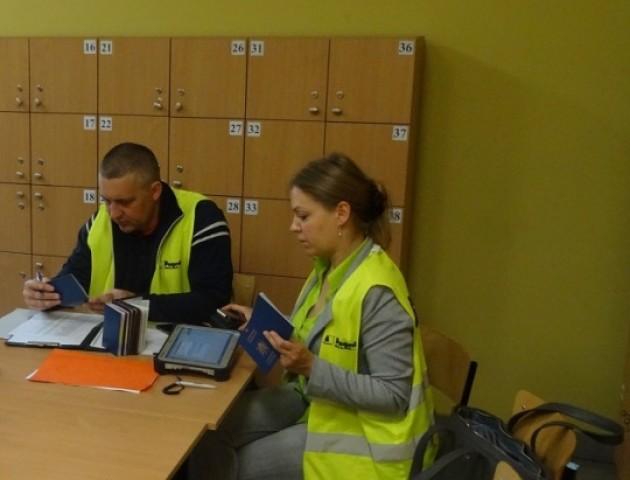 Польська фірма-посередник незаконно працевлаштувала 315 громадян України