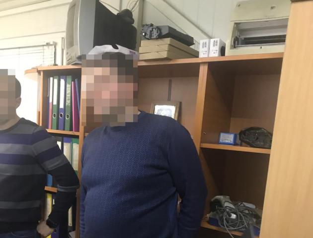 На Волині силовики затримали за хабар працівника Укртрансбезпеки. ФОТО