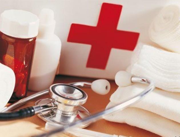 В одному з медзакладів Києва пацієнтів приймали п'яні лікарі. ВІДЕО