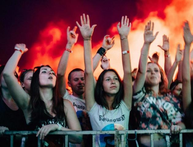Понад дев'ять тисяч відвідувачів і майже 2 тисячі наметів – другий день «Бандерштату»