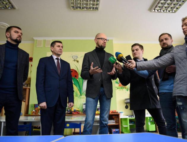 Що робив  Арсеній Яценюк у Луцьку. ФОТО