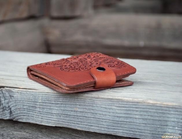 «Чесні люди є»: лучанку вразило, що їй повернули загублений гаманець