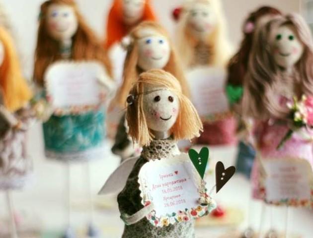 Луцька майстриня показала своїх ляльок-ангелів. ФОТО