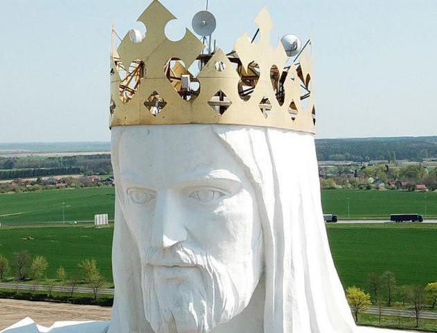 У Польщі статуя Ісуса Христа почала роздавати Wi-Fi