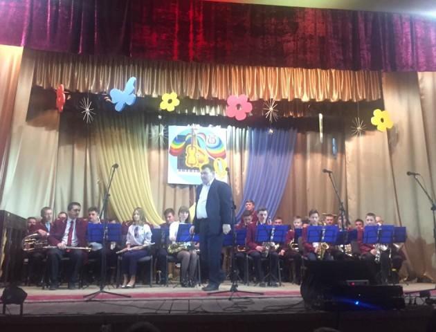 Локачинская музична школа відсвяткувала своє 50-річчя. ФОТО