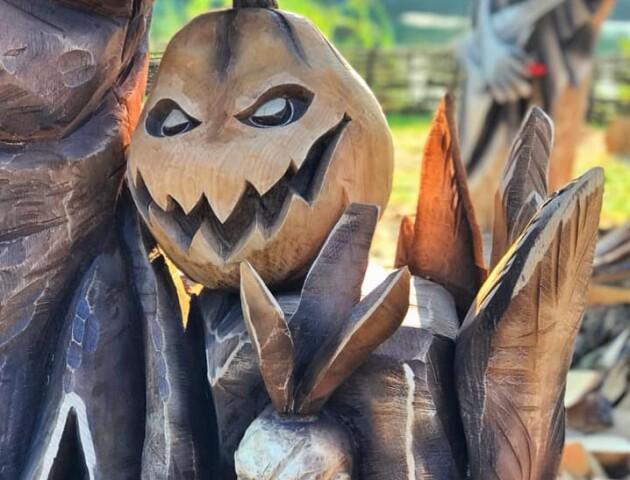 Що вирізали з дерева на оригінальному фестивалі у Луцьку