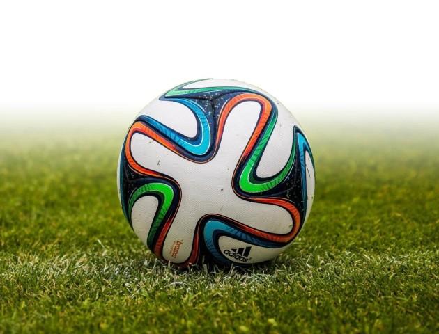 Щонайменше 50 футбольних клубів підозрюються у договірних матчах, - Нацполіція