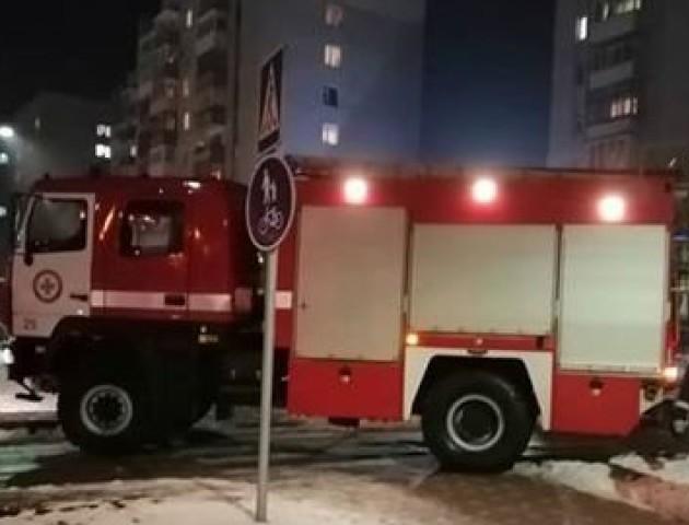 Пожежників до луцької піцерії викликала відвідувачка, щоб не платити за замовлення