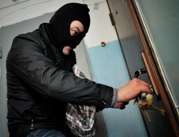 Поліцейські розшукали крадіїїв на Ківерцівщині та в Луцьку