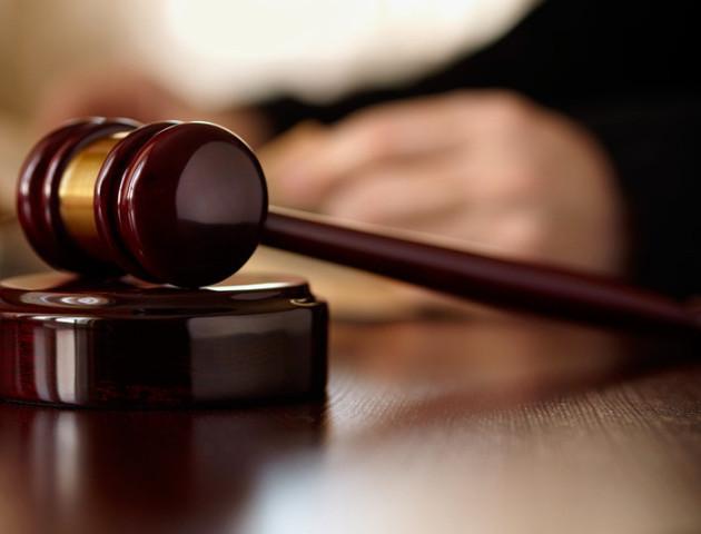 У Білорусі суд визнав чоловіка «чмом»