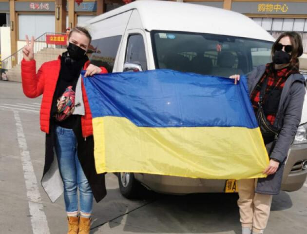 Евакуація українців з Китаю. Де люди зараз? Що буде, якщо хтось захворіє? Які умови обсервації?