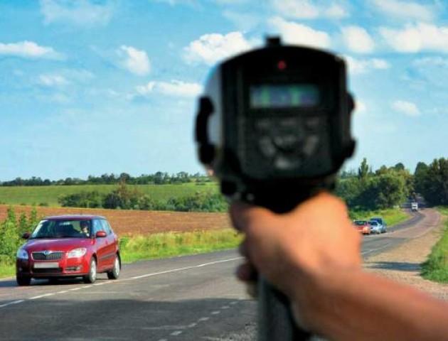 Поліція повертає на дороги радари