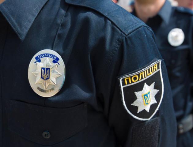 У Луцьку 3-річна дитина зачинилась у будинку: матір викликала патрульних