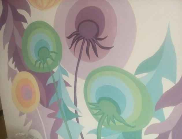 У Луцьку в дитячій лікарні розмальовують стіни. ФОТО
