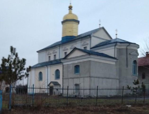 У Жидичині священик УПЦ МП відсудив собі хату, в яку його поселила громада