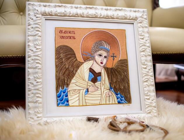 Ікони луцької майстрині Юлії Токарської зустрінуть Великдень у храмі. ФОТО