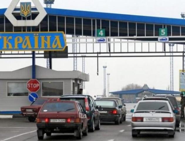 Польща обмежить експорт авто з єврономерами в Україну
