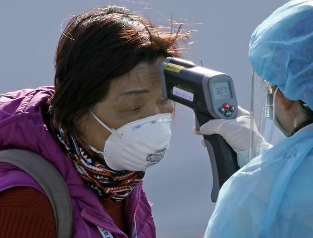 195 людей в Ухані повторно захворіли на коронавірус