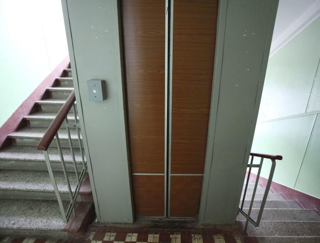 Половина луцьких ліфтів працює 25 років